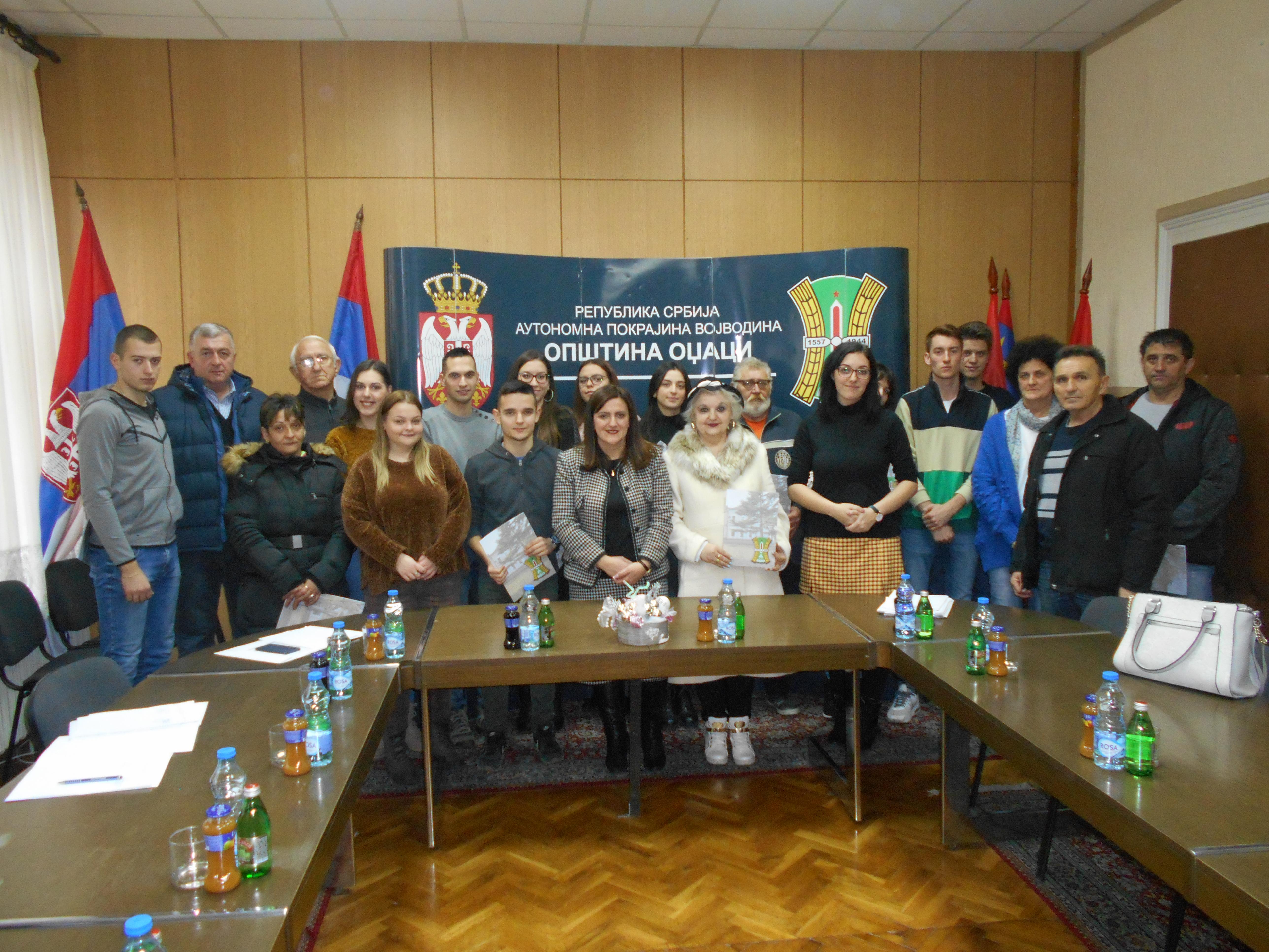 Потписани Уговори за доделу студентских стипендија студентима дефицитарних струка