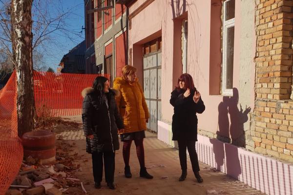Председница општине Оџаци обишла радове на адаптацији продуженог боравка у основној школи