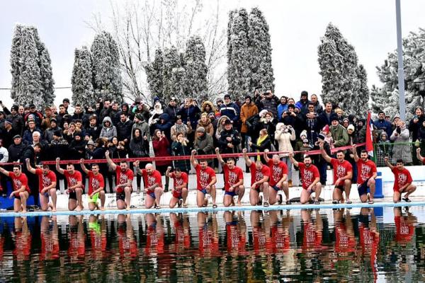Одржано четврто по реду пливање за Часни крст у Оџацима