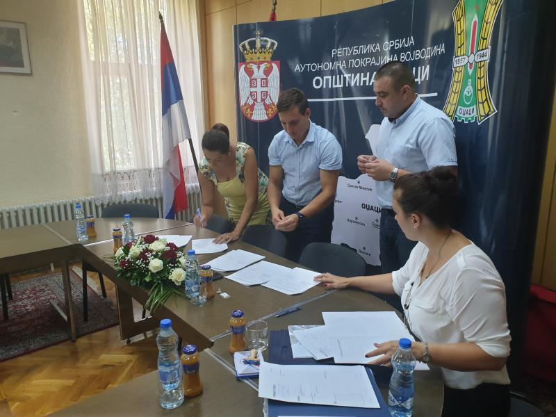 Потписани Уговори за доделу средстава младим брачним паровима за куповину кућа