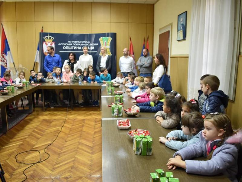 Председница општине угостила малишане из ПУ
