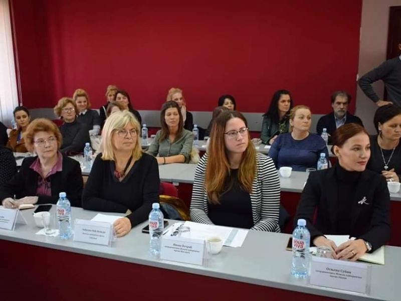 У Шиду одржанa седница o оснаживању и унапређењу положаја жена
